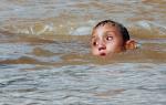 К чему снится ребенок в воде сонник