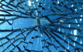 Видеть во сне разбитое стекло сонник